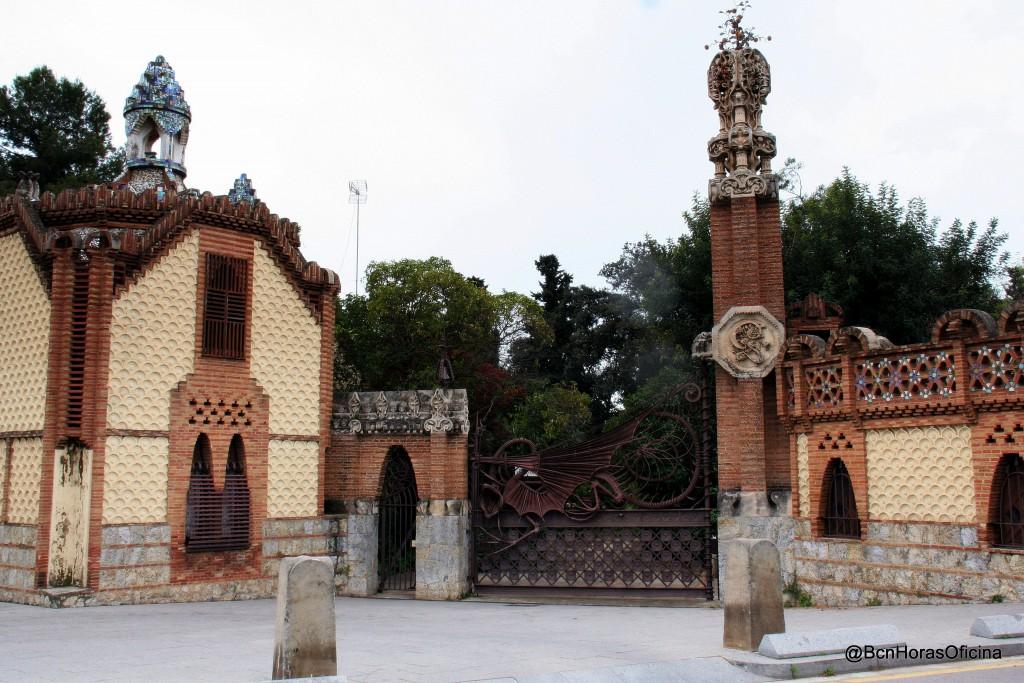 Puerta de acceso a los Pabellones Güell