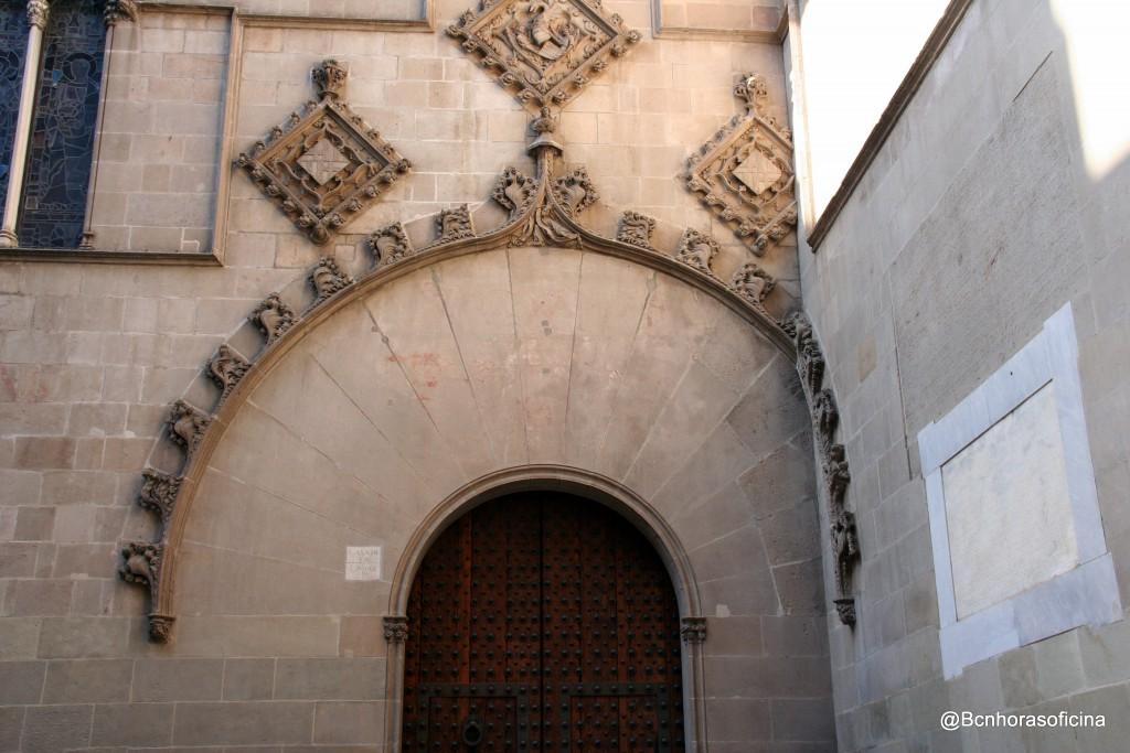 Fachada gótica de Ajuntament de Barcelona