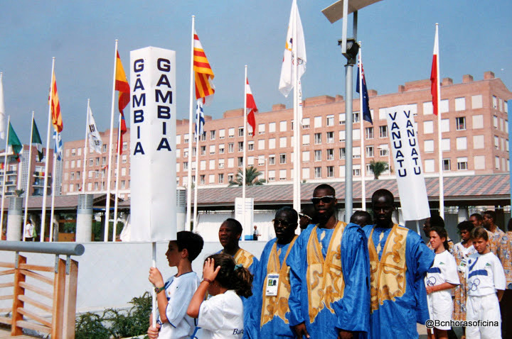 Ceremonia oficial de bienvenida a la Vila Olímpica