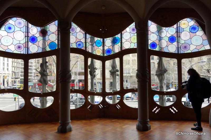 Tribuna central abierta a Passeig de Gràcia