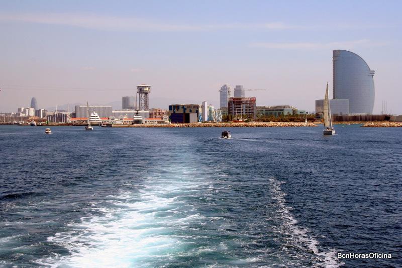Salida del puerto hacia la costa litoral