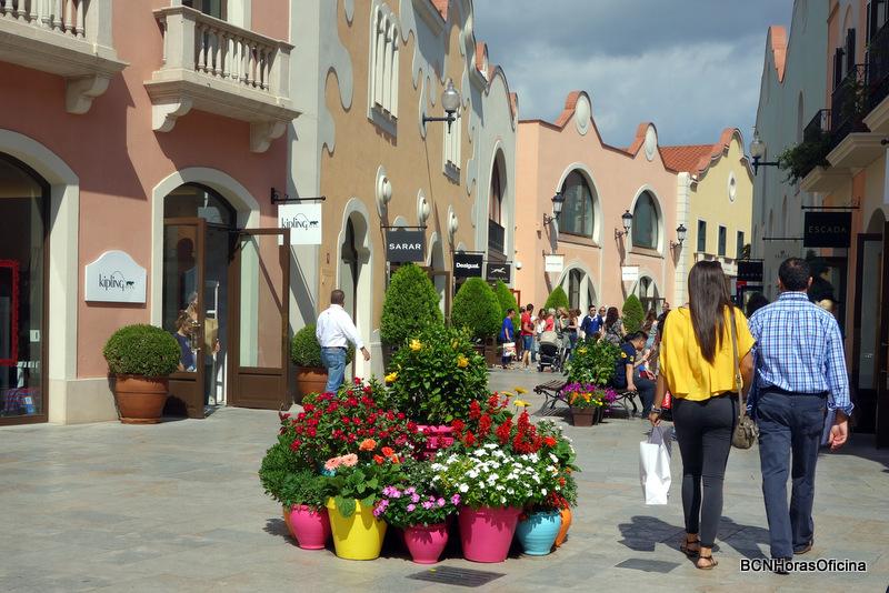 Un encantador ambiente mediterráneo en Roca Village