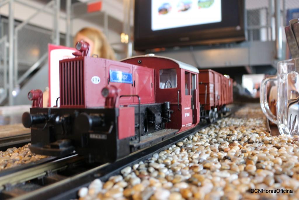 Las locomotoras de juguete son las verdaderas protagonistas