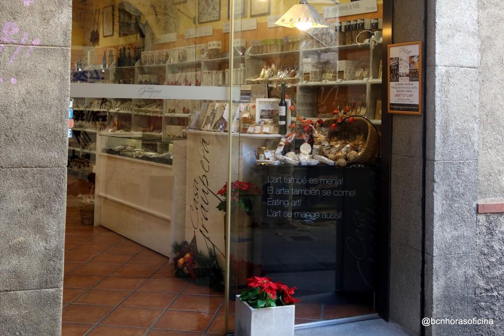 La tienda de Casa Gaupera en la calle Sant Simó, 1 de Mataró