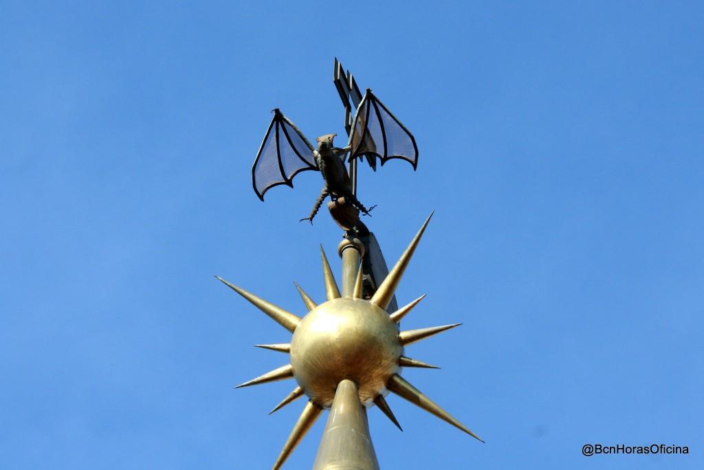 """El murciélago de Jaime I el Conquistador sobre una """"Rosa dels vents"""""""