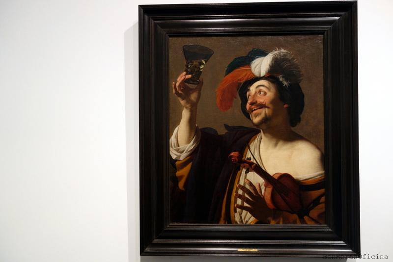 """Vista, tacto, gusto, oído... Falta el olfato ¿Los identificas en """"El violinista alegre con un vaso de vino"""" de Gerrit van Honthorst?"""