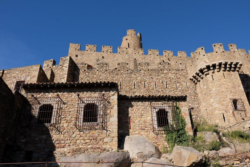Castell de Requesens